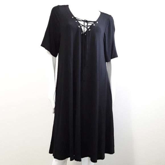 Cynthia Rowley Dresses & Skirts - Cynthia Rowley black tent dress